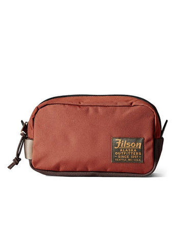 Filson Travel Pack Rusted Red