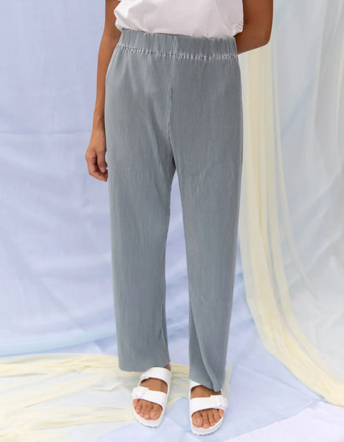 Find Me Now Finley Pleated Pant Ice Blue