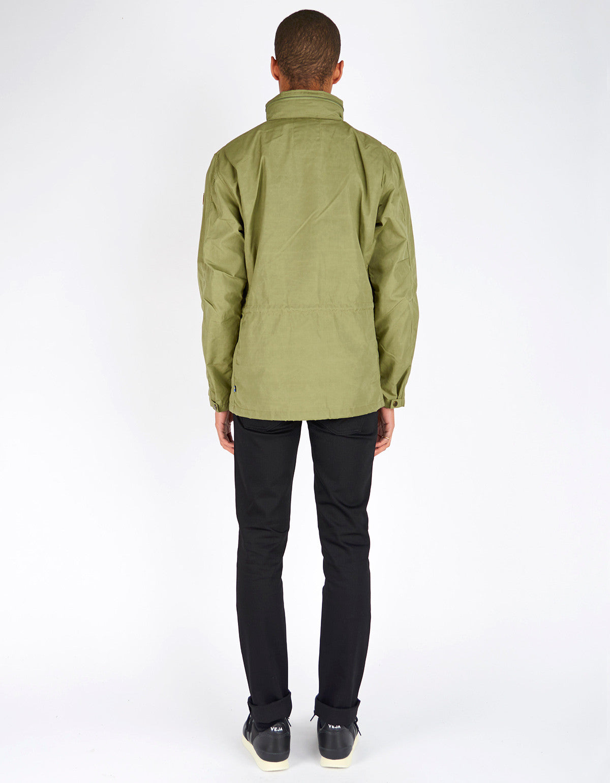 Fjallraven Raven Jacket Green - Still Life - 4