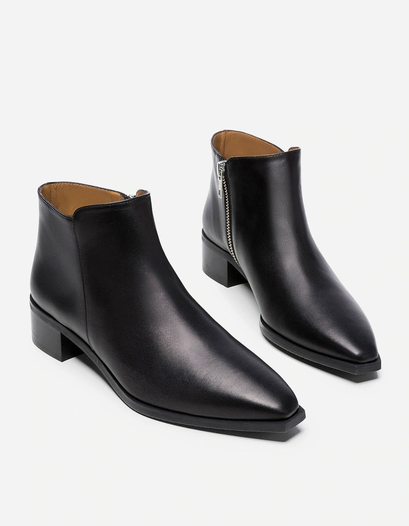 Flattered Nata Boot Black Leather