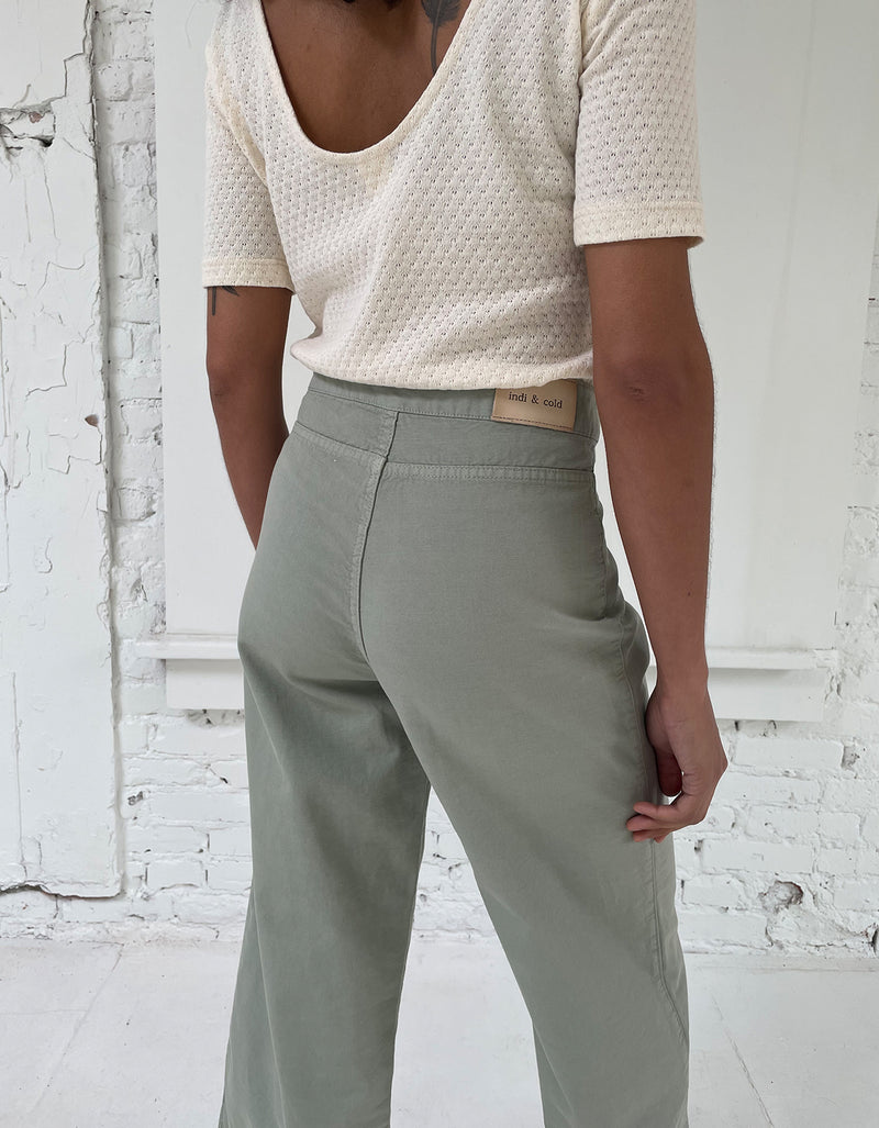 Indi & Cold Front Cropped Wide Leg Pant in Aloe