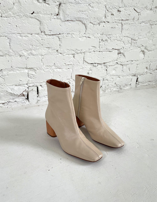 Indi & Cold Wooden Heel Boot in Crudo