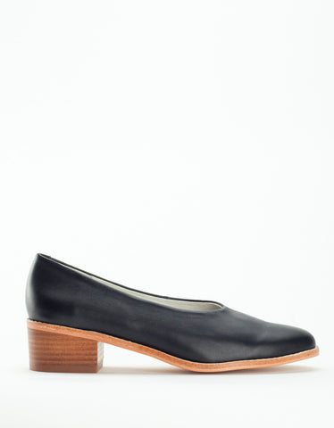 Intentionally Blank Barnard Heel Black