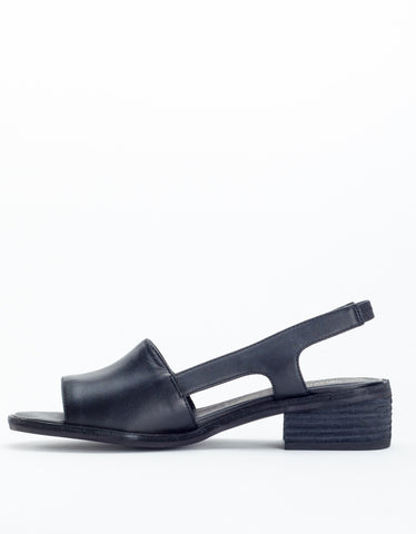 Intentionally Blank Emat Sandal Black