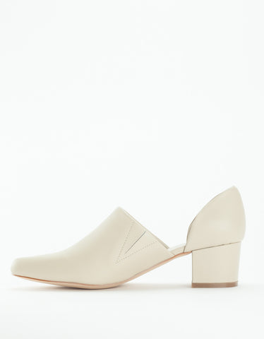 Intentionally Blank Perf Hi D'Orsay Heel Bone
