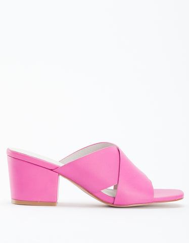 Intentionally Blank Hunter Sandal Fuchsia Pink