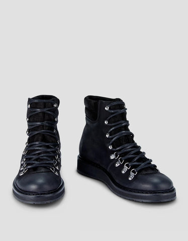 Ivylee Mountain Nubuck Boot in Black