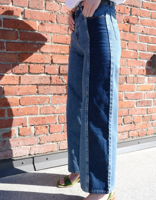 Just Female Calm Jeans in Middle Blue Mix