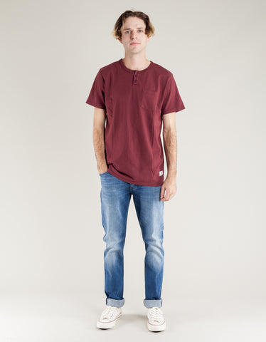 Katin Mesa Pocket Henley Dark Red