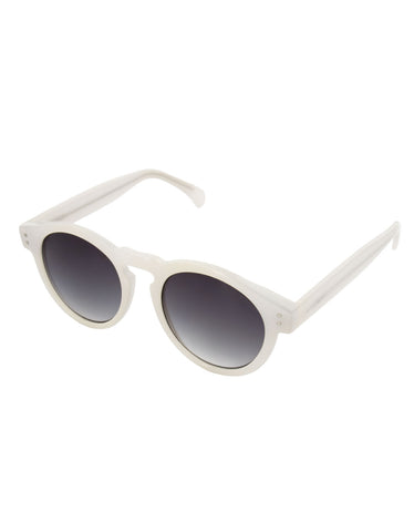 Komono Clement Sunglasses Milky White - Still Life - 2