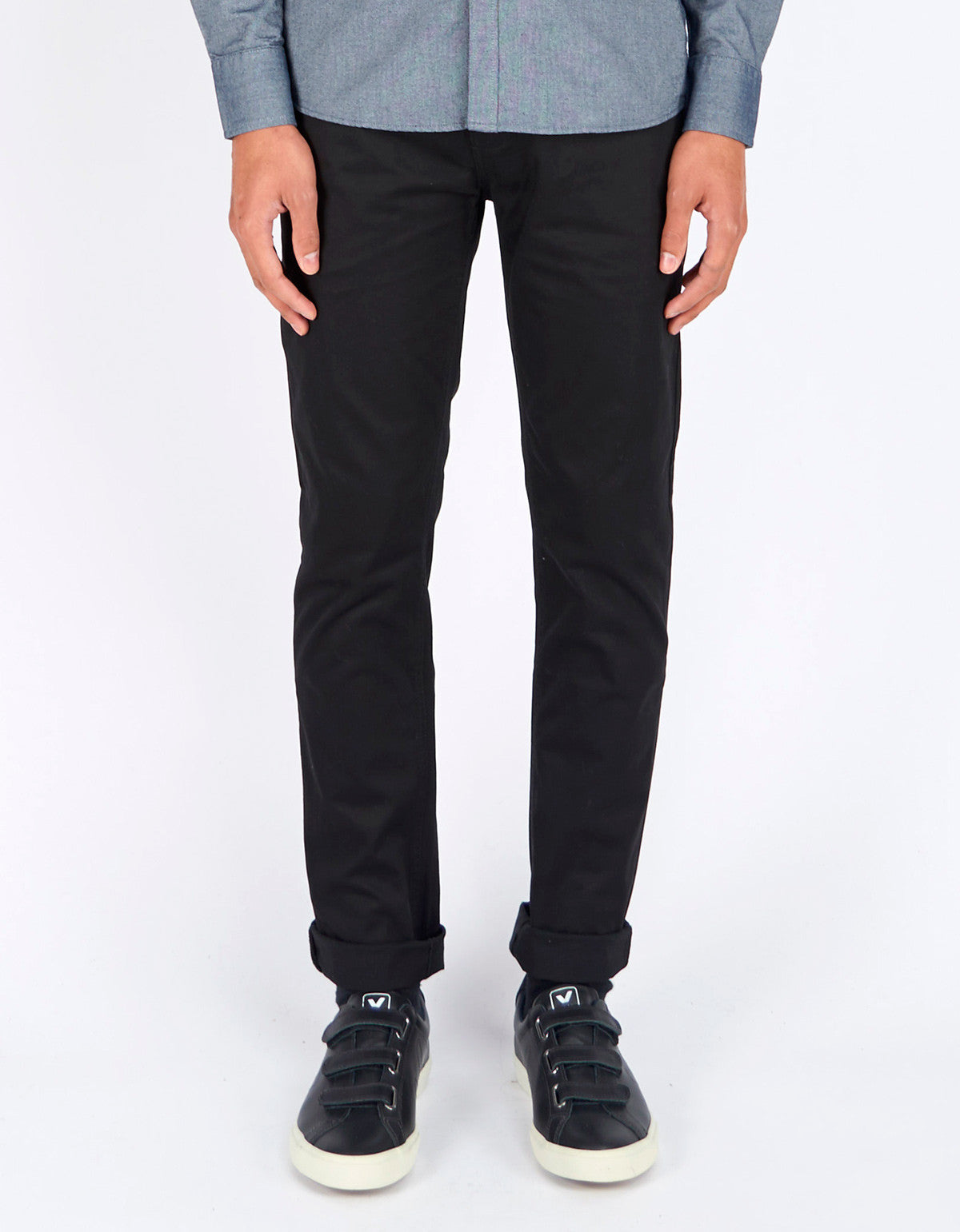 Minimum Norden Chino Black - Still Life - 1