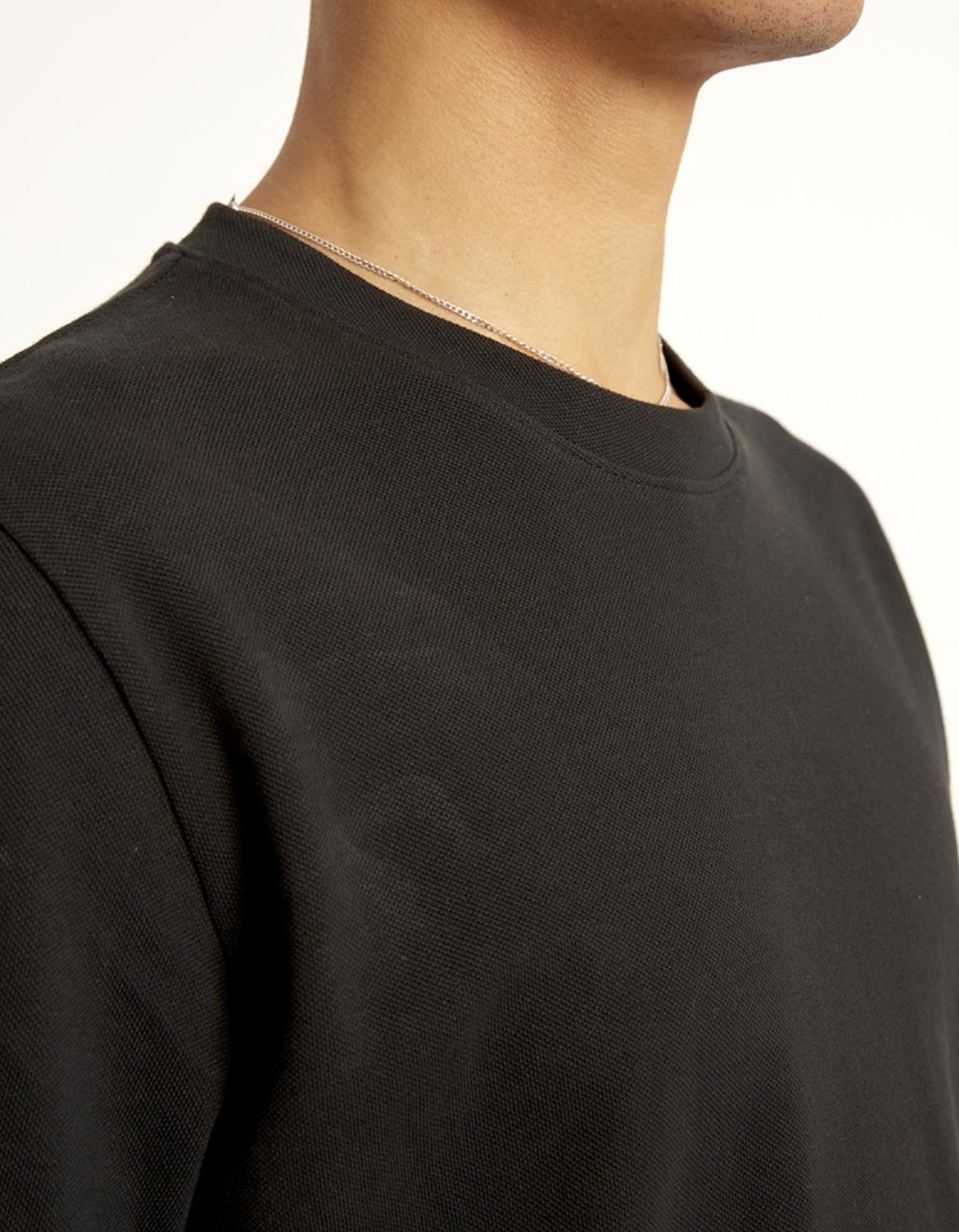 Minimum Sims Tee Black