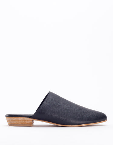 ST. AGNI Paris Mule Black