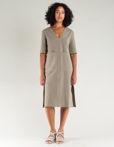 Sunja Link V-Neck Dress Sage