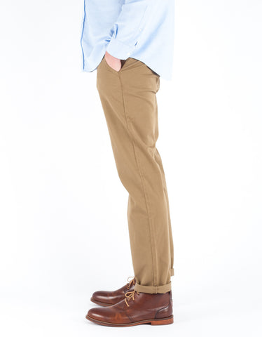 The Daily Co. Relaxed Chino Sand Khaki