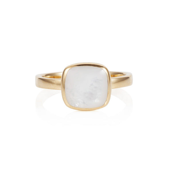 Nadira 18ct gold plated Mother of Pearl cushion seamless ring