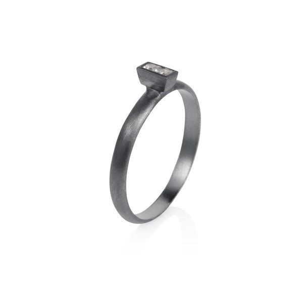 Pettia sterling silver black rhodium plated baguette ring