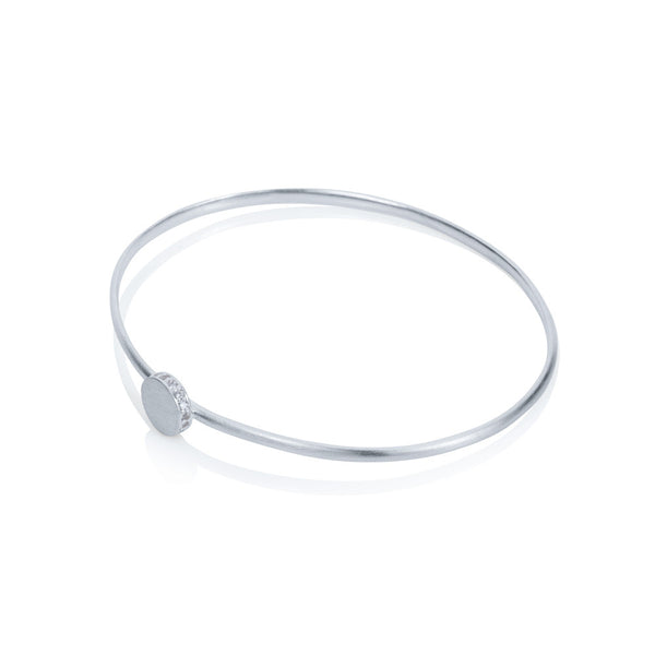 Pettia sterling silver circle with side detail charm bangle