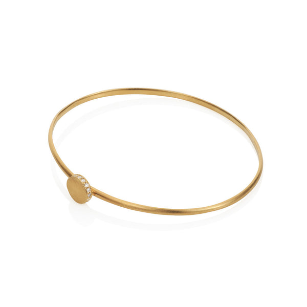 Pettia 18ct gold plated sterling silver circle accent charm bangle