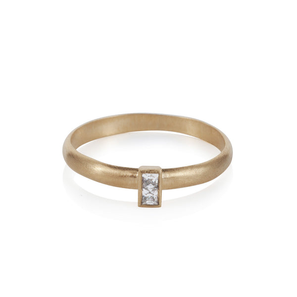 Pettia 18ct gold plated sterling silver baguette ring