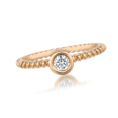 FOREVERMARK™  SOLITAIRE PETITE RING Rose Gold