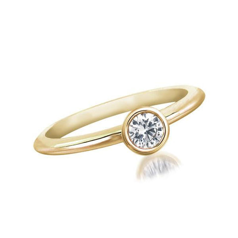 FOREVERMARK™  SOLITAIRE PETITE RING Yellow Gold