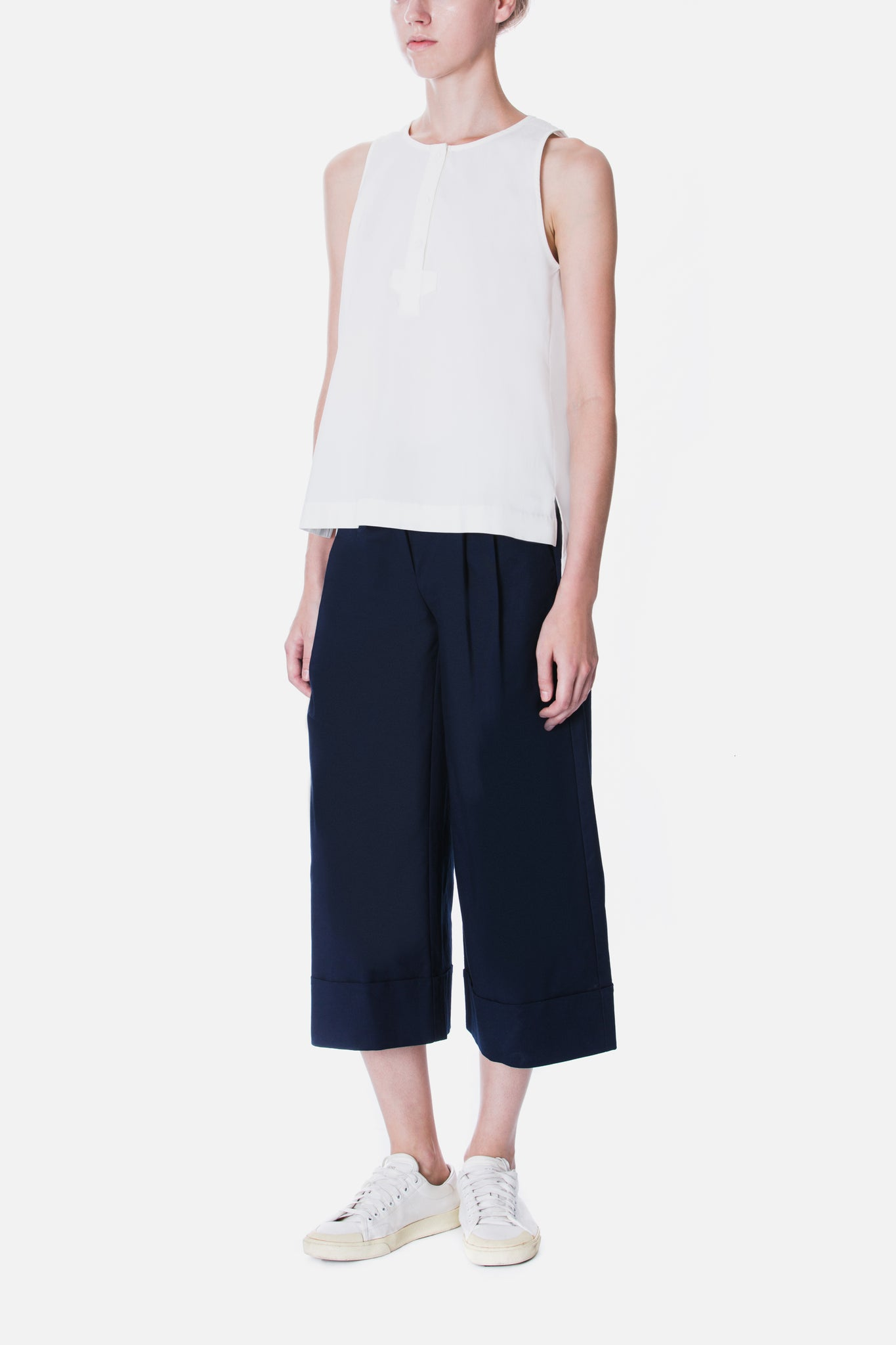 CUFFED WIDE LEG TROUSER
