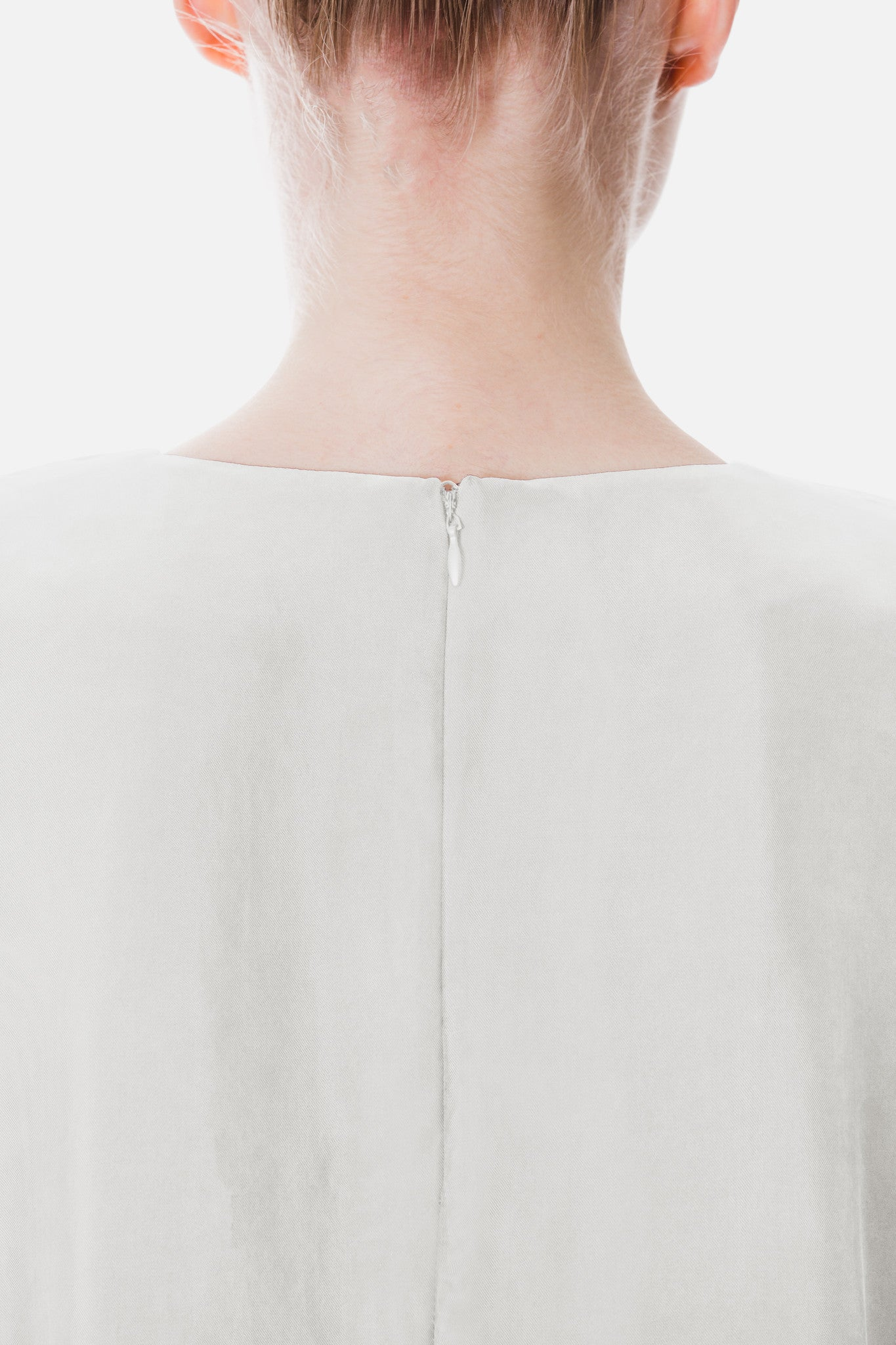 DRAPED SQUARE TOP