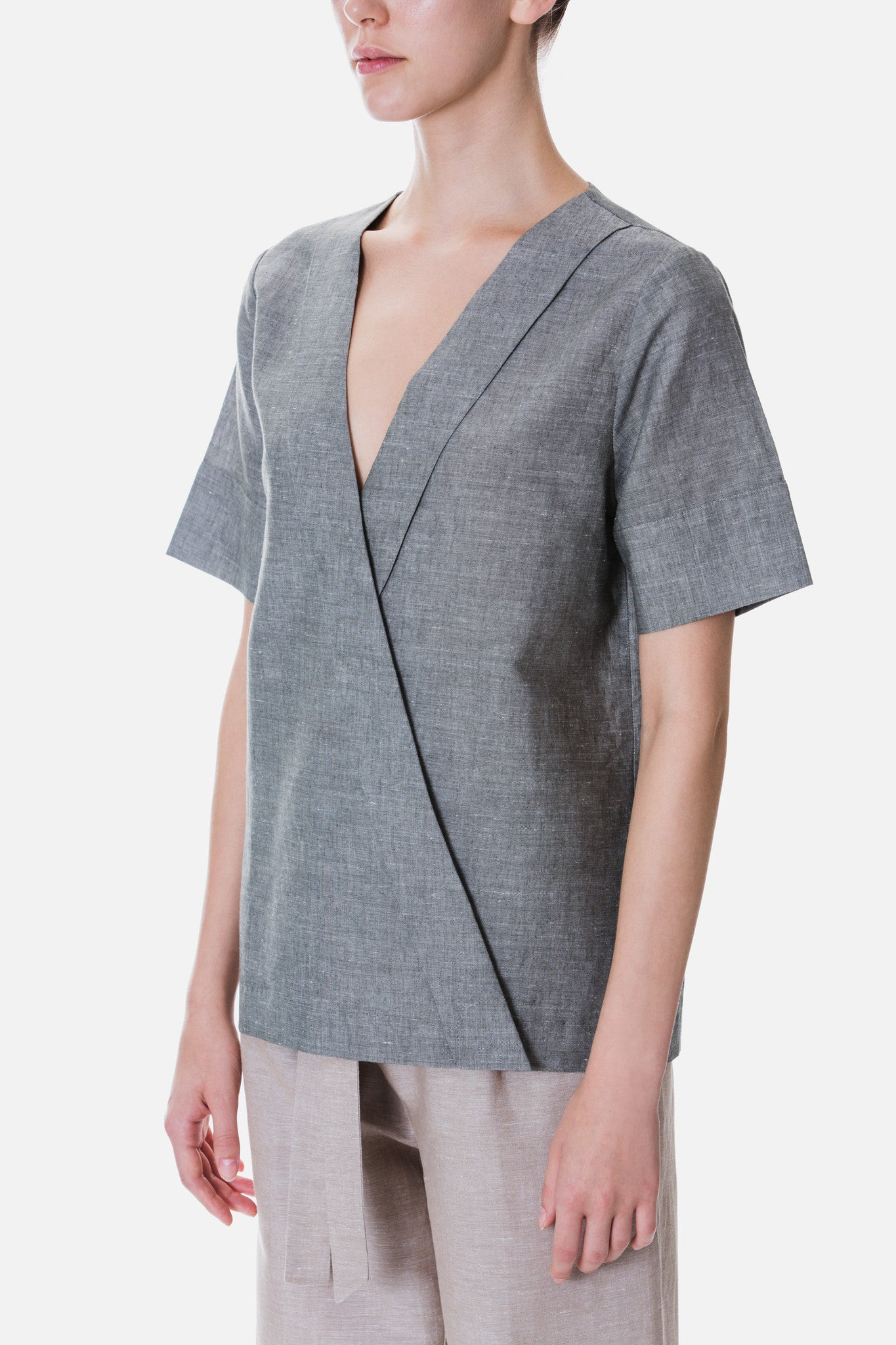 CROSSOVER LAPEL LINEN TOP