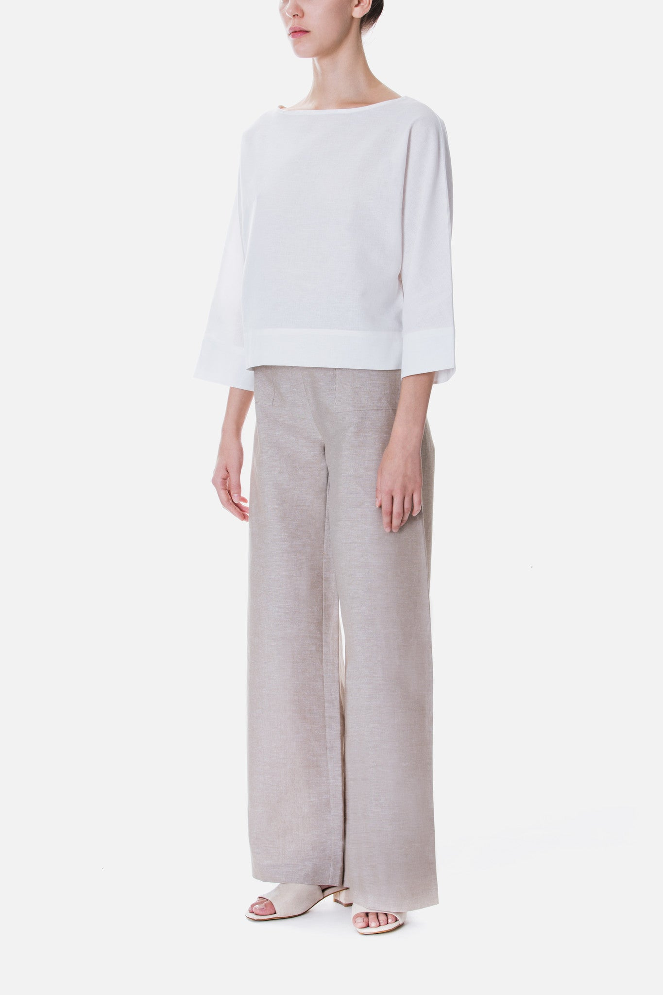 WIDE NECK LINEN TOP