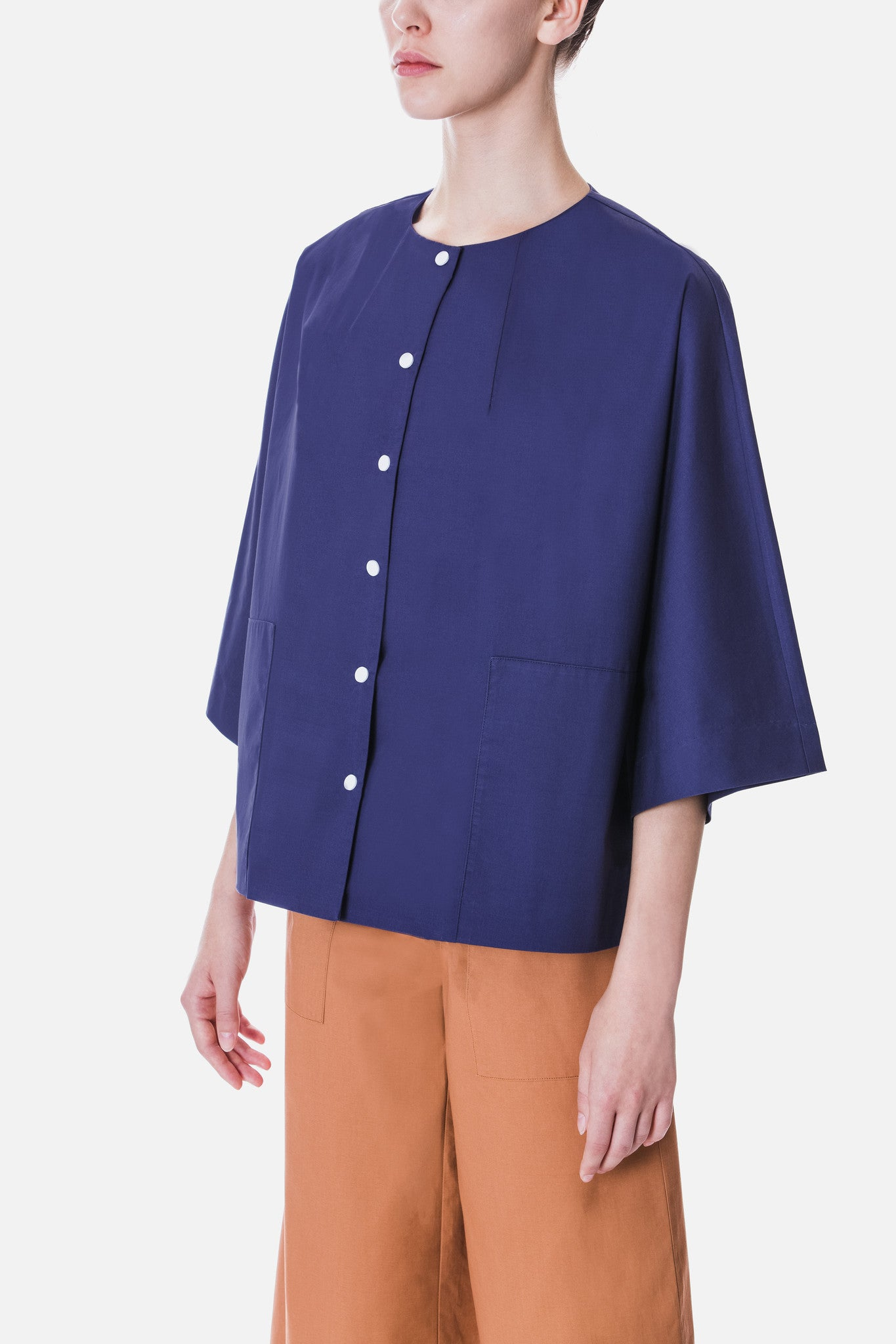 BOXY SHIRT WITH SNAP BUTTONS