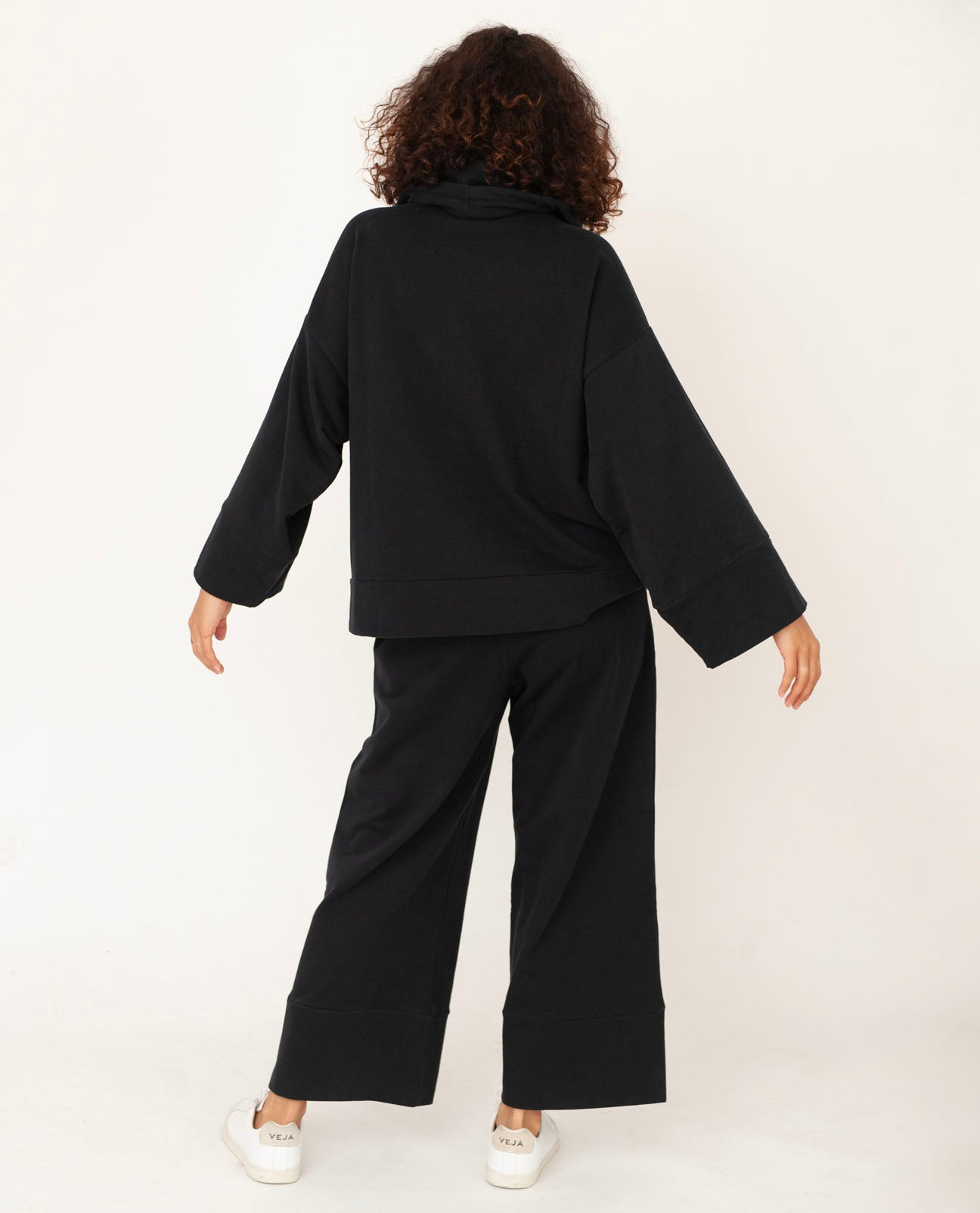 APHRA Organic Cotton Trousers In Black
