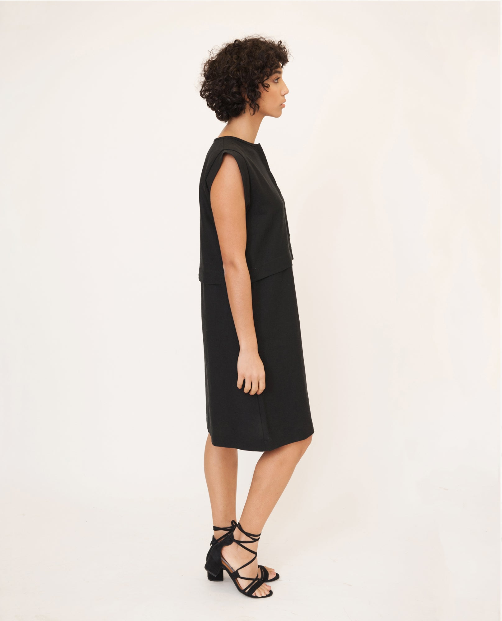 ADELE-MAY Linen And Cotton Dress In Black