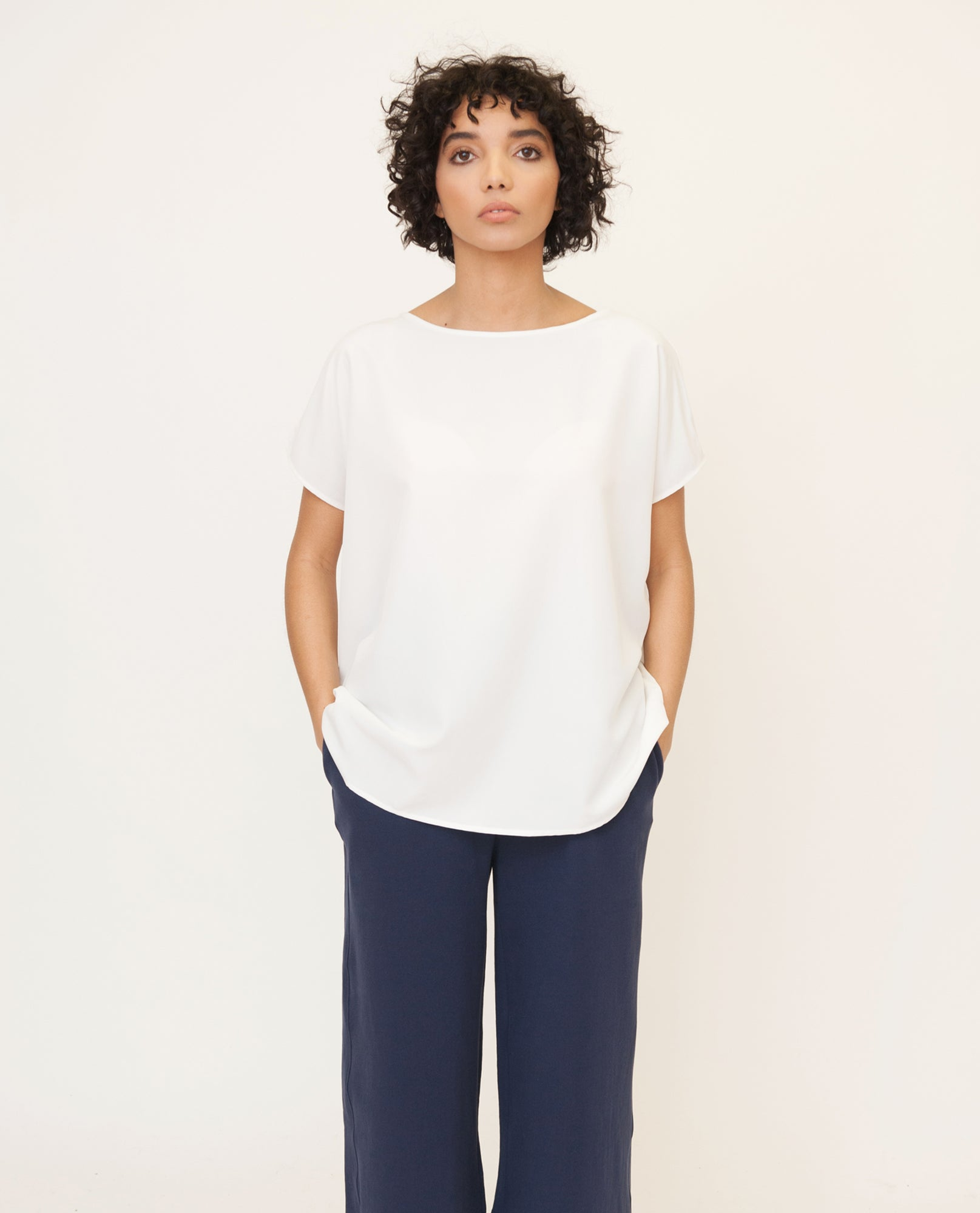 ALINE Modal Top In Off White