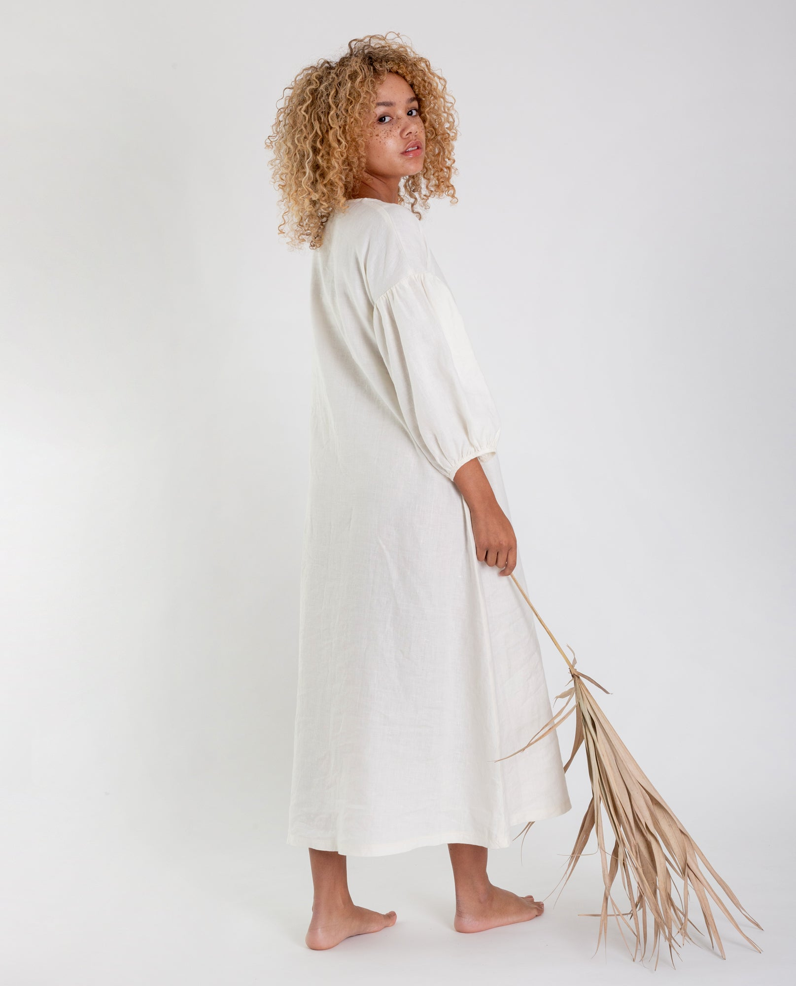 ANDREIA-MAY Linen Dress In Ivory