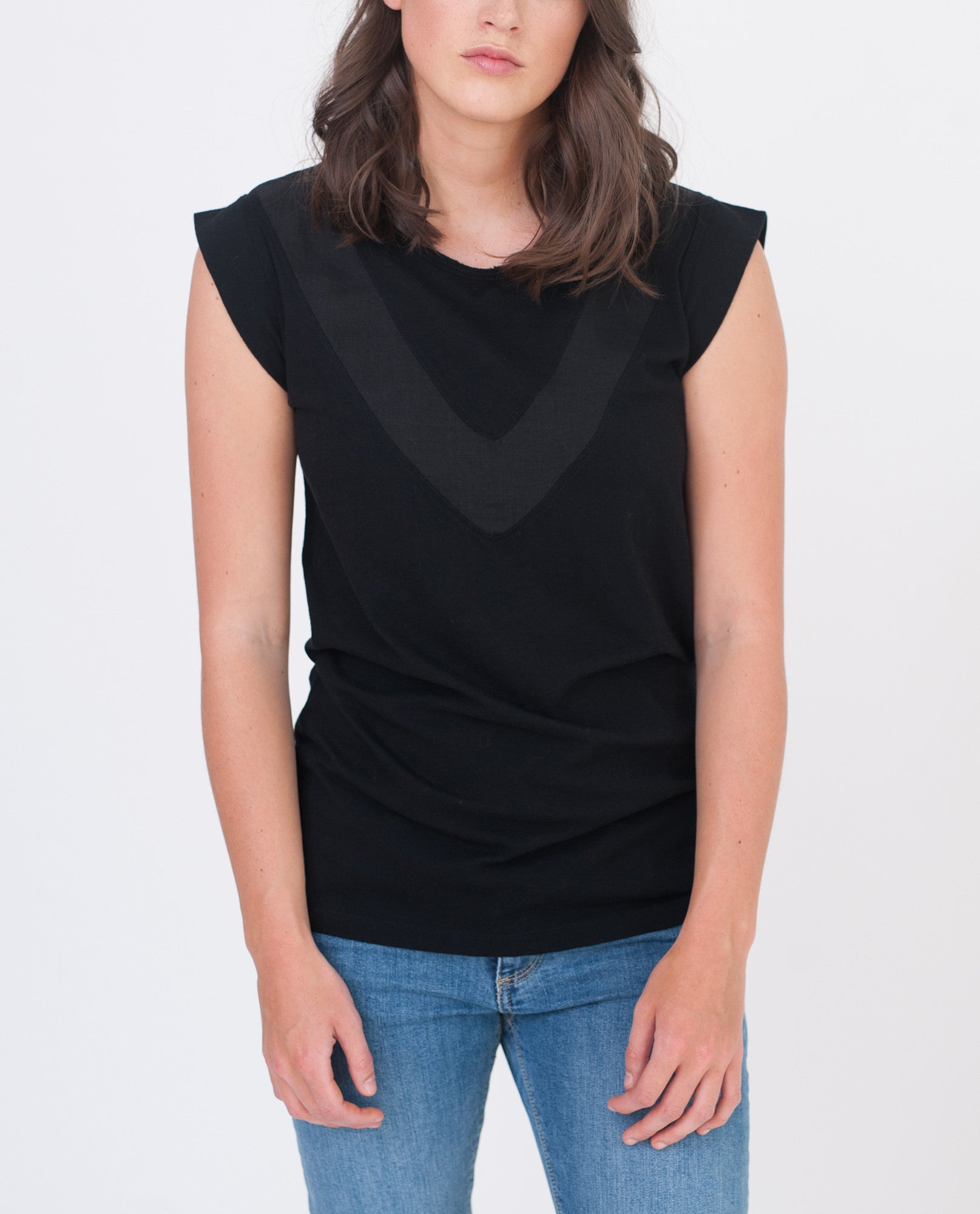 ANNABELLE Organic Cotton And Linen Top In Black from Beaumont Organic
