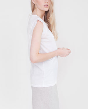 ANNABELLE Organic Cotton And Linen Top In White