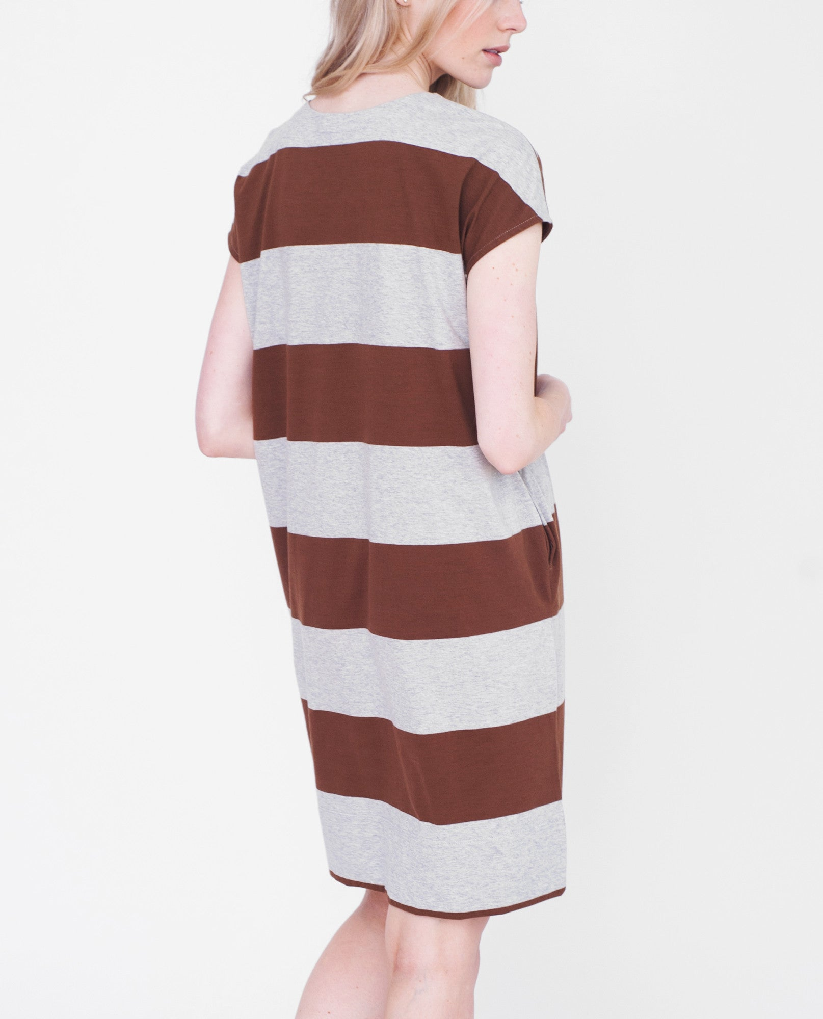 AUBREY Organic Cotton Dress In Light Grey And Brown