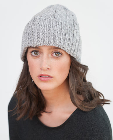BETTY Wool And Cashmere Beanie Hat In Light Grey