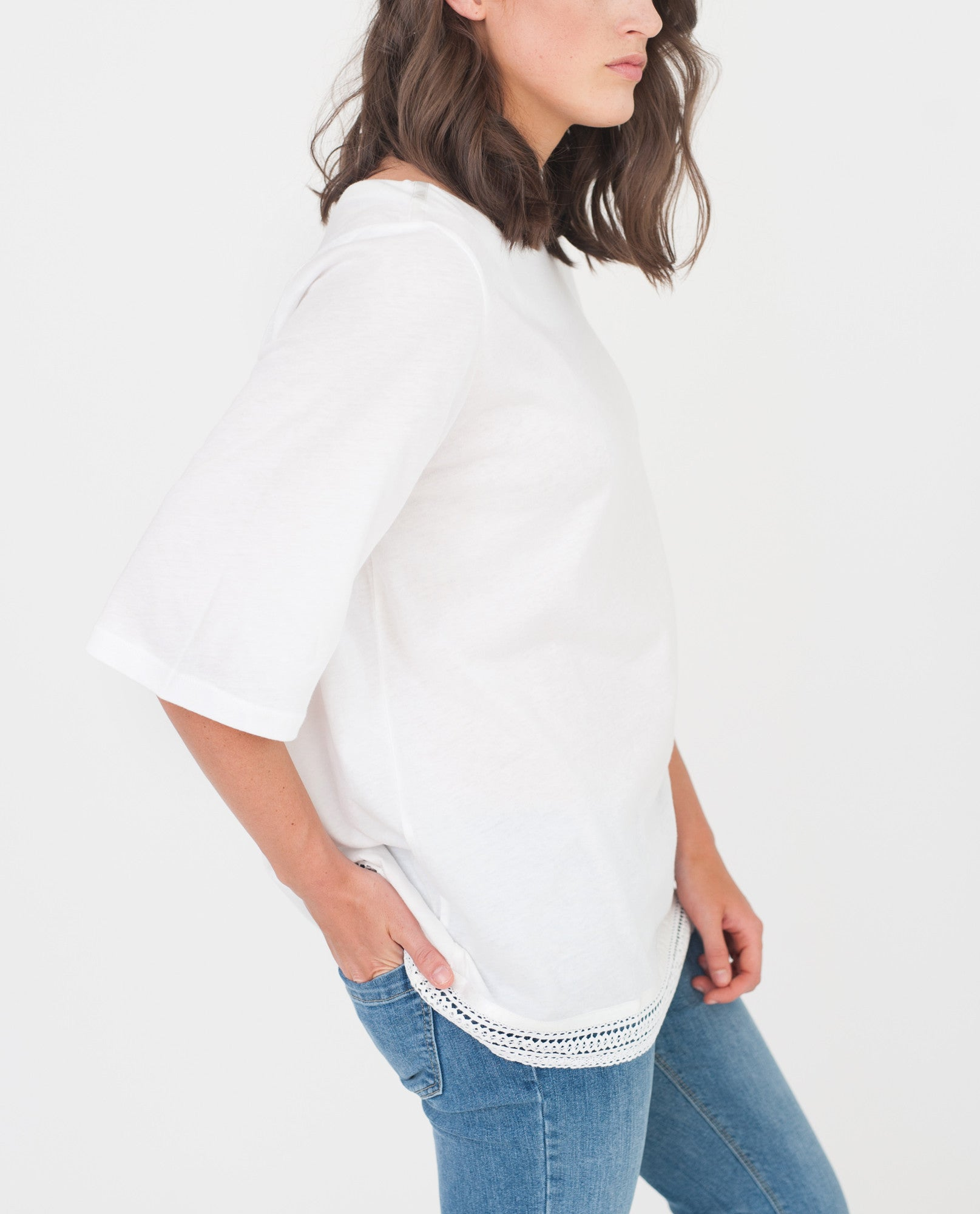BRIELLE Organic Cotton Top In White