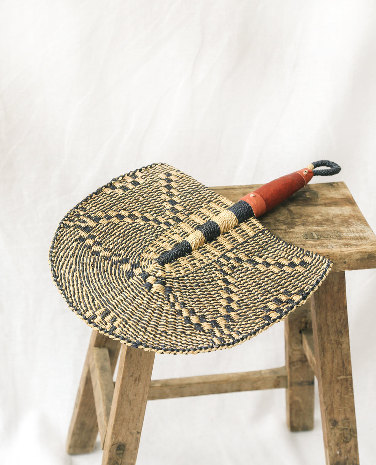 DOFI Straw Hand Fan With Leather Handle