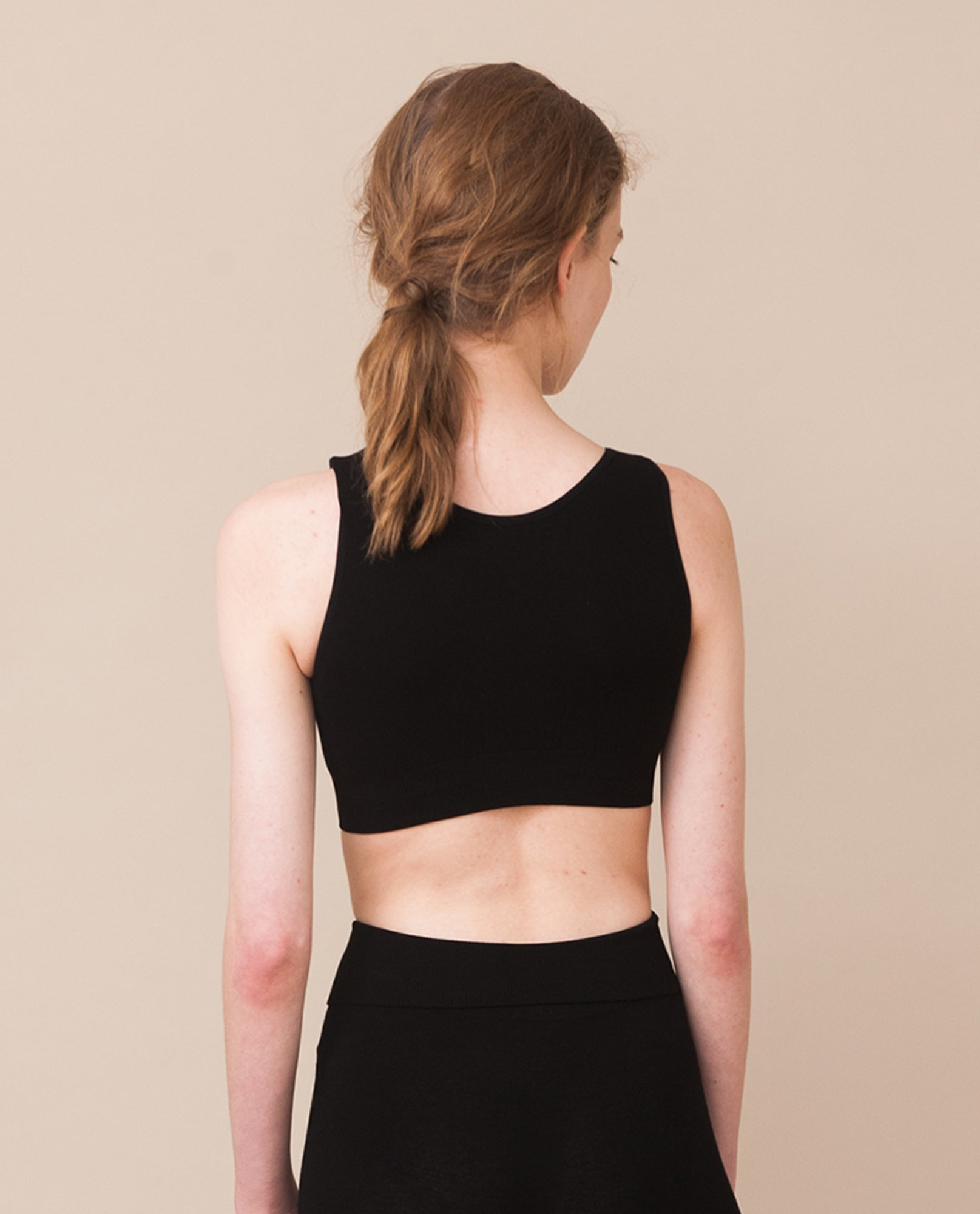 JO Bamboo Cropped Vest Top In Black