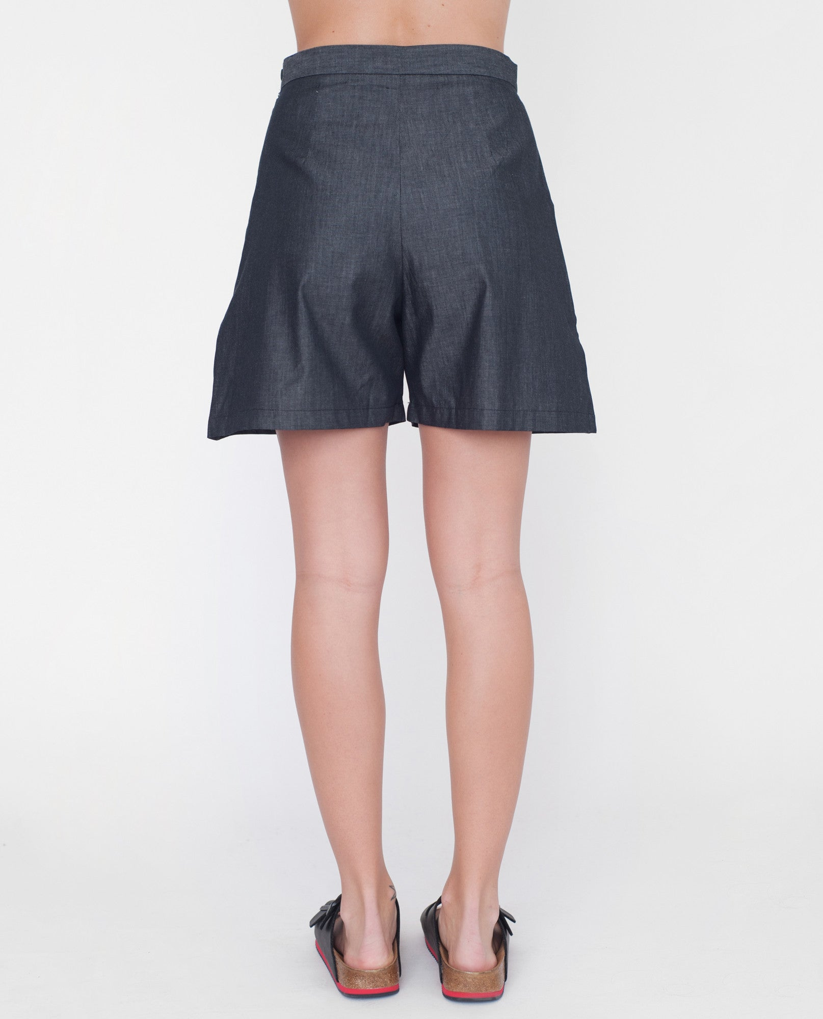 JOLIE Cotton Chambray Shorts In Black
