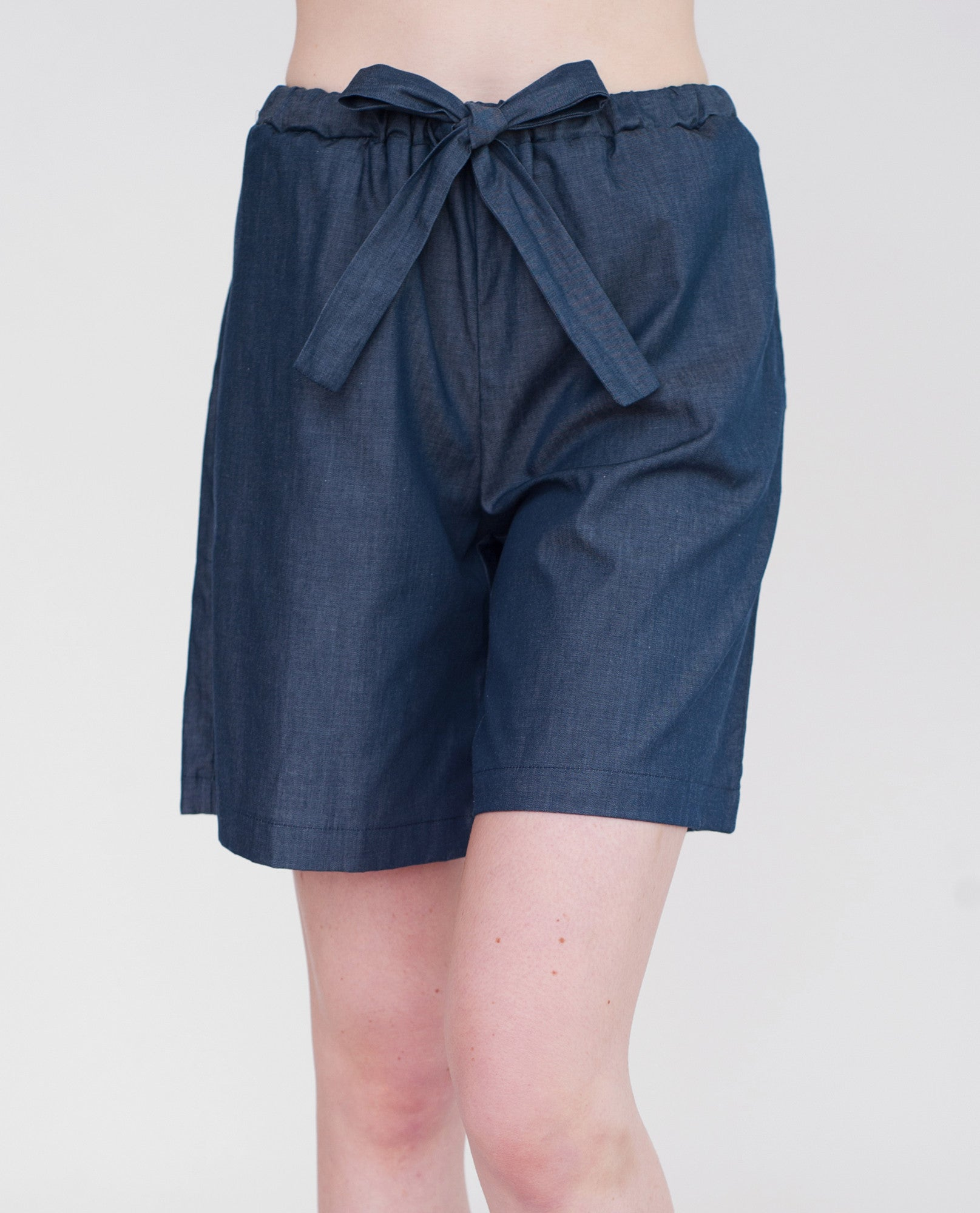 TABBY Cotton Denim Shorts In Navy Denim