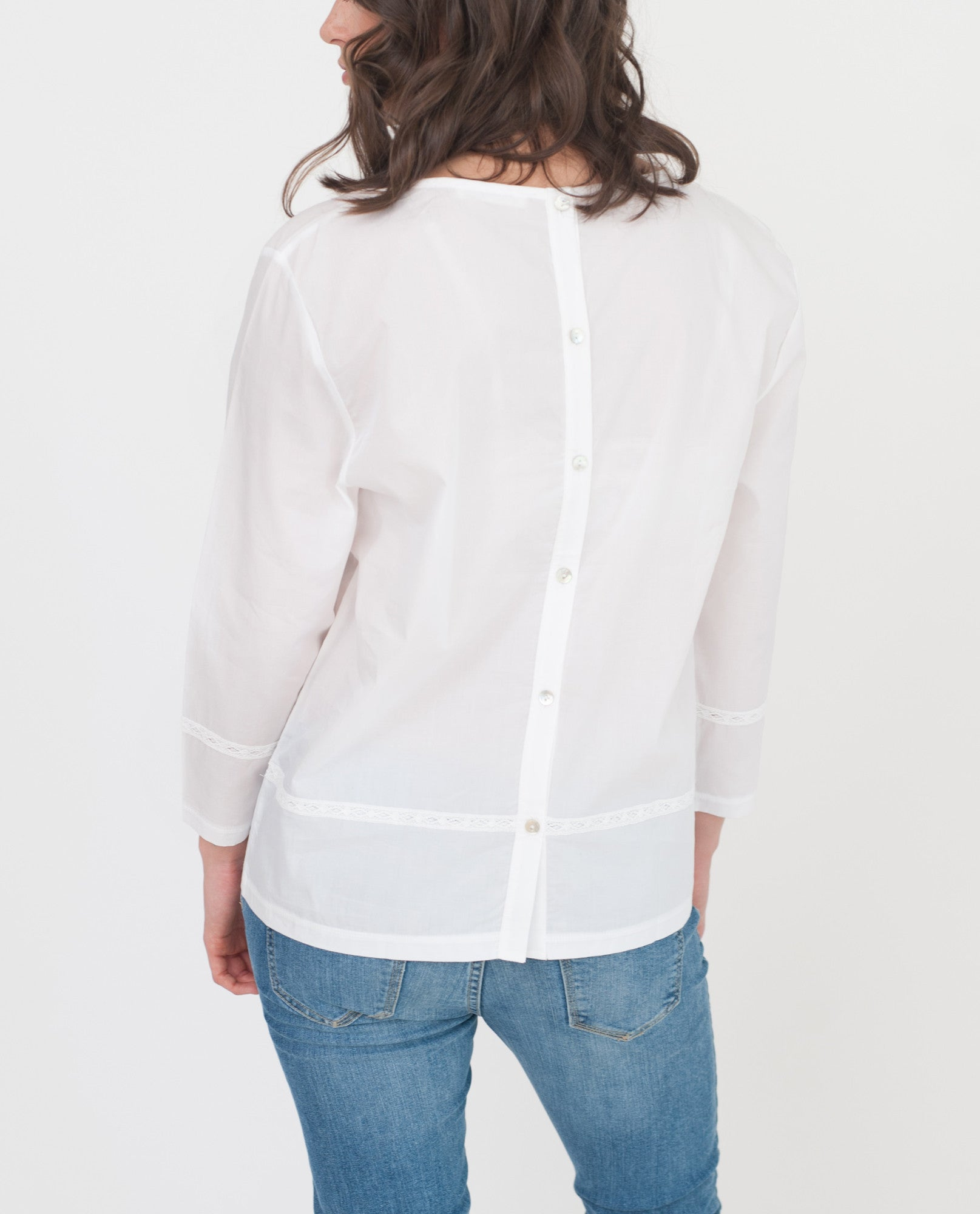 TAYLOR Organic Cotton Blouse In White