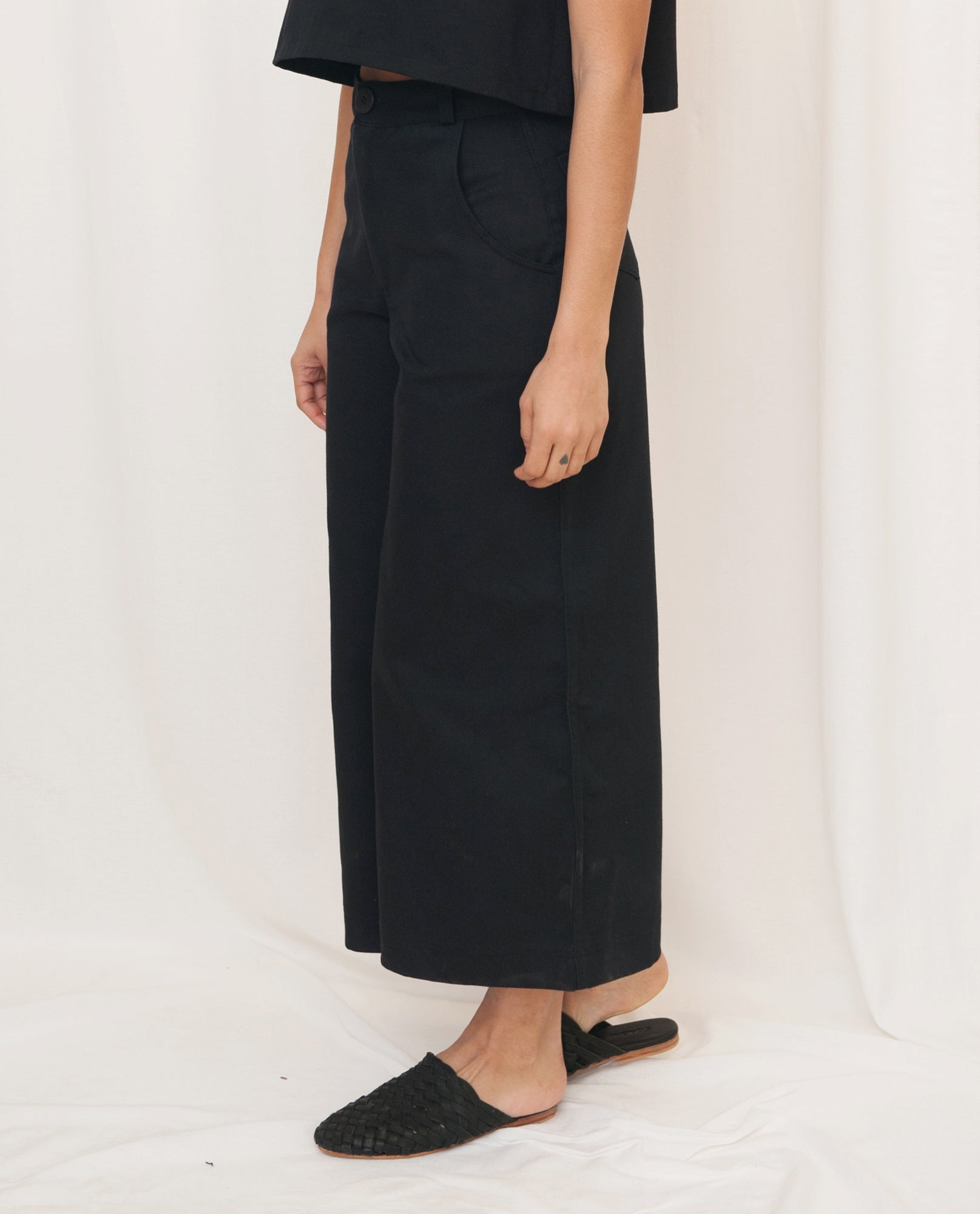 TRACEY-MAY Cotton Denim Culotte Trousers In Black