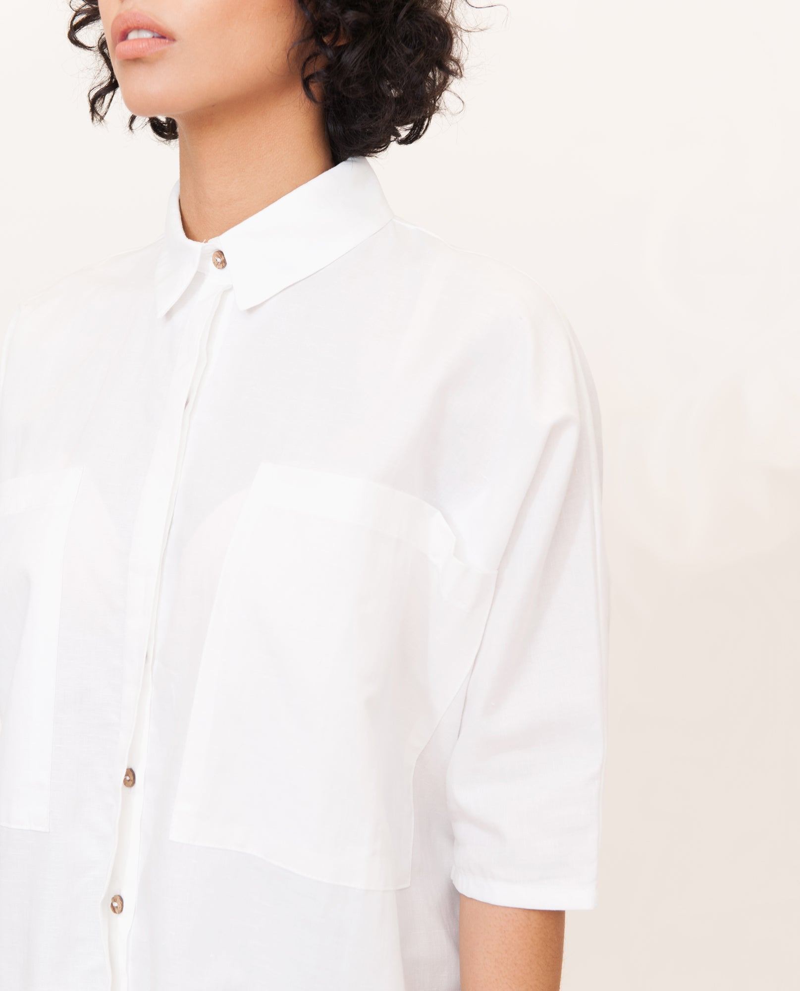 YVONNE-MAY Linen Shirt In White