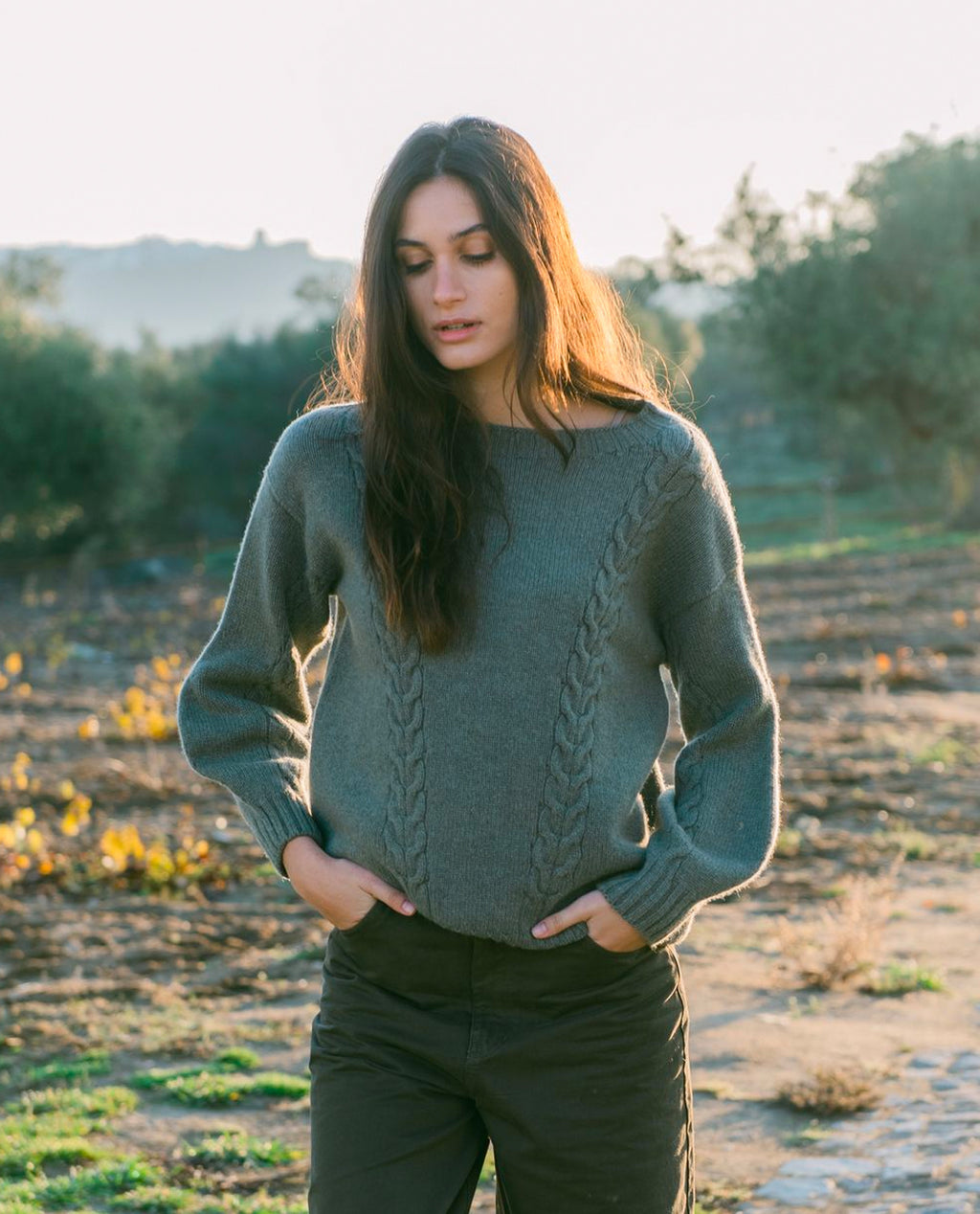 Aggie Lambs Wool Jumper In Moss