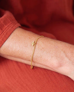 Bee Bracelet in Recycled Gold