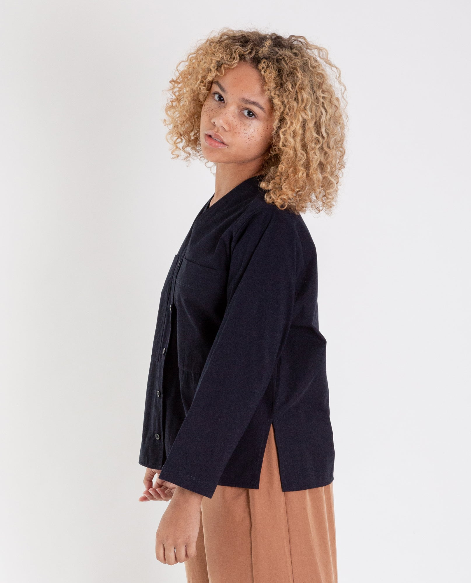 BELLA Organic Cotton Shirt in Deep Indigo